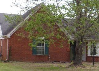 Foreclosed Homes in Cordova, TN, 38016, ID: P1608938