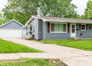 Foreclosure Home in Marion, IA, 52302,  S 15TH ST ID: P1613388