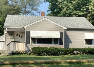 Foreclosure Home in Rockford, IL, 61101,  PAULINE AVE ID: P1624169
