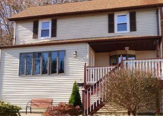 Casa en ejecución hipotecaria in Highland Falls, NY, 10928,  MEARNS AVE ID: P1625242