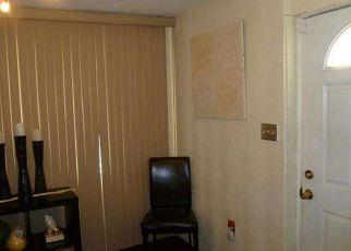 Casa en ejecución hipotecaria in Philadelphia, PA, 19142,  GUYER AVE ID: P1628855