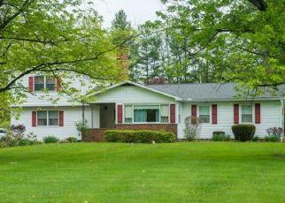 Casa en ejecución hipotecaria in Chagrin Falls, OH, 44022,  E BEL MEADOW LN ID: P1629940