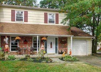 Casa en ejecución hipotecaria in Morrisville, PA, 19067,  BARCLAY CRES ID: P1630648
