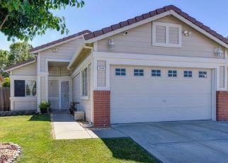 Casa en ejecución hipotecaria in Elk Grove, CA, 95758,  MURRELL ST ID: P1634256