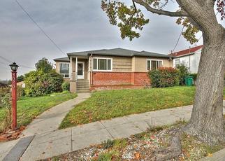 Casa en ejecución hipotecaria in Oakland, CA, 94605,  MIDDLETON ST ID: P1634423