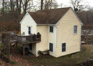Casa en ejecución hipotecaria in Farmington, CT, 06032,  FARMINGTON AVE ID: P1635876