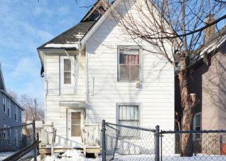 Casa en ejecución hipotecaria in Minneapolis, MN, 55404,  10TH AVE S ID: P1635928