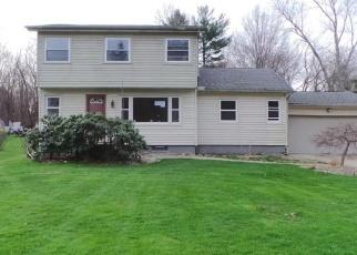 Casa en ejecución hipotecaria in Tallmadge, OH, 44278,  NEWTON ST ID: P1636552