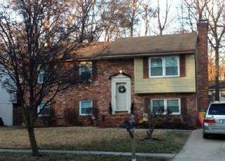 Casa en ejecución hipotecaria in Severna Park, MD, 21146,  YORKSHIRE DR ID: P1637204