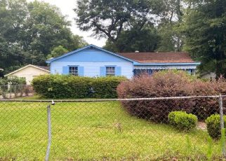 Foreclosure Home in Mobile, AL, 36605,  SAYNER AVE ID: P1637249