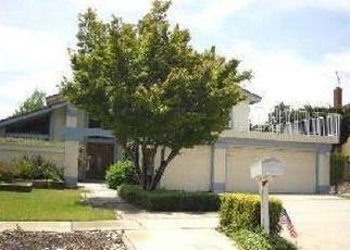 Casa en ejecución hipotecaria in Upland, CA, 91784,  EMERSON ST ID: P1637774