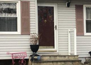 Casa en ejecución hipotecaria in Beacon, NY, 12508,  SCHOFIELD PL ID: P1640909