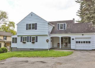 Casa en ejecución hipotecaria in Pittsford, NY, 14534,  W JEFFERSON RD ID: P1641689