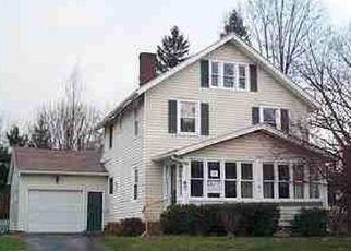 Casa en ejecución hipotecaria in Rochester, NY, 14617,  MONTAINE PARK ID: P1641799