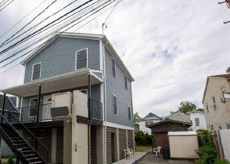 Casa en ejecución hipotecaria in Howard Beach, NY, 11414,  164TH RD ID: P1646031