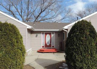 Casa en ejecución hipotecaria in Yankton, SD, 57078,  E 15TH ST ID: P1647341