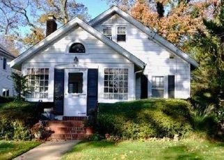 Casa en ejecución hipotecaria in Rockville Centre, NY, 11570,  RAYMOND ST ID: P1648697