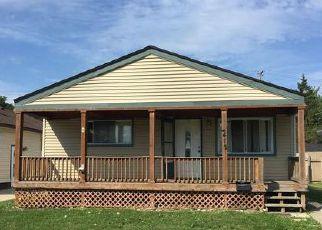 Casa en ejecución hipotecaria in Dearborn Heights, MI, 48125,  DETROIT ST ID: P1649307