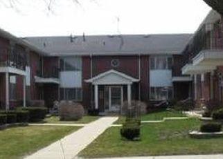 Casa en ejecución hipotecaria in Milwaukee, WI, 53220,  W HOWARD AVE ID: P1649879