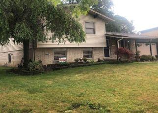 Casa en ejecución hipotecaria in Riverview, MI, 48193,  VILLAGE LN ID: P1649898