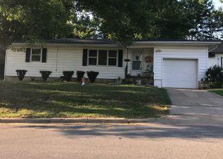 Casa en ejecución hipotecaria in Cassville, MO, 65625,  W 15TH ST ID: P1650772