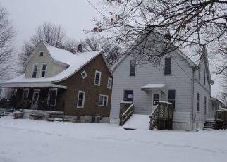Foreclosure Home in Rockford, IL, 61104,  13TH AVE ID: P1654828