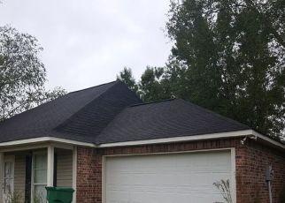 Foreclosure Home in Denham Springs, LA, 70706,  LOUIS AVE ID: P1655268