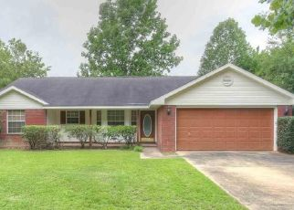 Foreclosure Home in Daphne, AL, 36526,  CANEY CREEK DR ID: P1655582