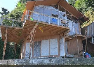 Casa en ejecución hipotecaria in Bainbridge Island, WA, 98110,  ROLLING BAY WALK NE ID: P1656509