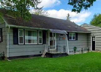 Casa en ejecución hipotecaria in Syracuse, NY, 13205,  SLAYTON AVE ID: P1657193