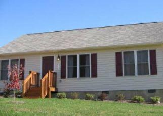 Casa en ejecución hipotecaria in Roanoke, VA, 24014,  WHISPERING LN ID: P1658277