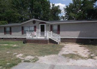Casa en ejecución hipotecaria in Timmonsville, SC, 29161,  PINE ST ID: P1658425