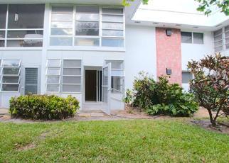 Casa en ejecución hipotecaria in Stuart, FL, 34996,  SE OCEAN BLVD ID: P1659506