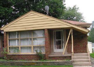 Casa en ejecución hipotecaria in Dolton, IL, 60419,  COTTAGE GROVE AVE ID: P1660093