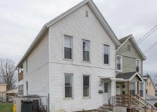 Foreclosure Home in Dubuque, IA, 52001,  RIES ST ID: P1660192