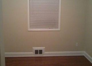 Casa en ejecución hipotecaria in Temple Hills, MD, 20748,  CARLTON AVE ID: P1660942