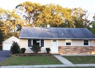 Foreclosure Home in West Berlin, NJ, 08091,  FERN CIR ID: P1661020