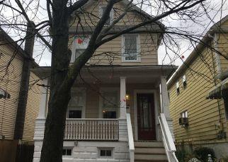 Casa en ejecución hipotecaria in Wilkes Barre, PA, 18705,  N WASHINGTON ST ID: P1661132
