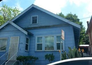 Casa en ejecución hipotecaria in Oakland, CA, 94606,  14TH AVE ID: P1661987