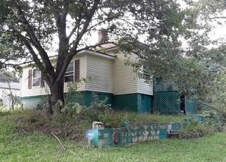 Casa en ejecución hipotecaria in Conyers, GA, 30012,  HILL ST NE ID: P1662322