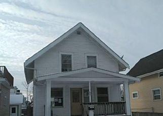 Foreclosure Home in Cedar Rapids, IA, 52403,  17TH ST SE ID: P1662880