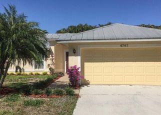 Casa en ejecución hipotecaria in Naples, FL, 34112,  OAHU DR ID: P1663041
