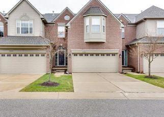 Casa en ejecución hipotecaria in Canton, MI, 48187,  N MAPLEWOOD DR ID: P1663251