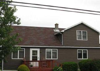 Casa en ejecución hipotecaria in North East, PA, 16428,  W LAW RD ID: P1665585