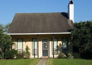 Foreclosed Homes in Denham Springs, LA, 70726, ID: P1666347