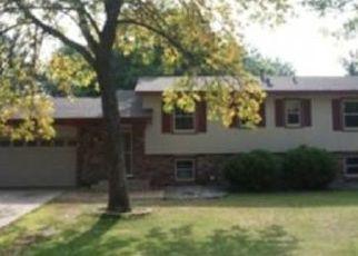 Casa en ejecución hipotecaria in Minneapolis, MN, 55433,  OSAGE ST NW ID: P1671588