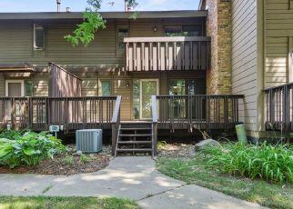 Casa en ejecución hipotecaria in Burnsville, MN, 55337,  BIRNAMWOOD DR ID: P1671602