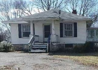Casa en ejecución hipotecaria in Maryland Heights, MO, 63043,  LANSING AVE ID: P1671939