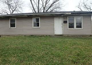 Casa en ejecución hipotecaria in Chicago Heights, IL, 60411,  BROOKLINE ST ID: P1673658