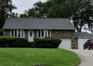 Casa en ejecución hipotecaria in Broomall, PA, 19008,  N MALIN RD ID: P1674942